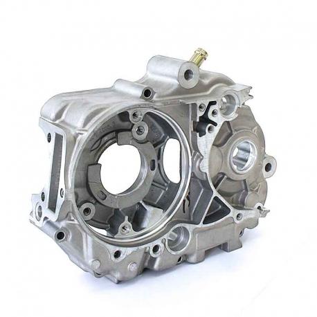 Carter moteur central gauche YX 140cc / 149cc (1P56FMJ Réf : W063-1)